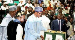 Buhari presents 2018 budget of N8.612trn