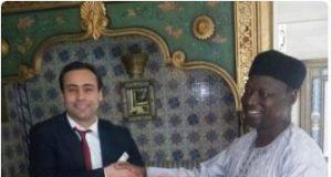 Musa Abdu Dankama receives the award for Governor Masari