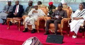 President Buhari, Governor Samuel Ortom and other Benue elders in Makurdi during Buhari's visit to the state over herdsmen killings