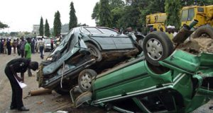 Accident kill eight persons, including 7 members of a family