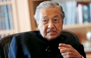 Mahathir Mohamad: against caning of lesbians